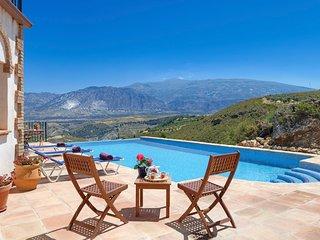 Conchar Villa Sleeps 8 with Pool and Air Con - 5653766