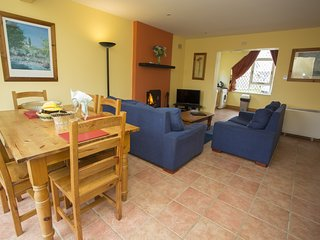 Pine Grove Holiday Cottage No. 10