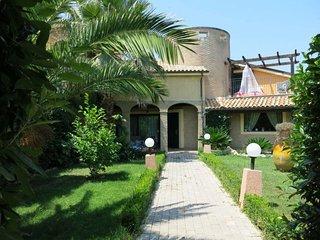 4 bedroom Villa in Santa Maria a Valle, Abruzzo, Italy : ref 5650706