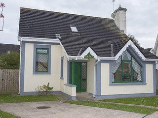 Willow Grove Holiday Cottage (No.4)