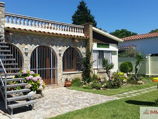 House with 3 bedrooms, quiet area in Empuriabrava