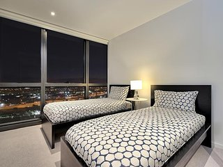 Single Bed in Doubled Bedroom (Shared Room) with en-suite facilities– From $225