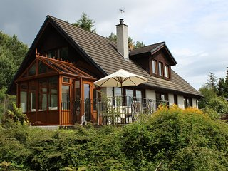 Mallachie Near Aviemore Scotland - Superb 4 Bedroom House in Own Gated Grounds