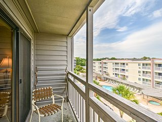 NEW! Myrtle Beach Condo Near Dunes Golf Club!