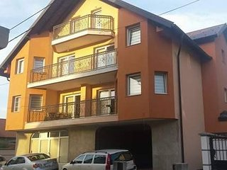 De Luxe Apartment Hasanović
