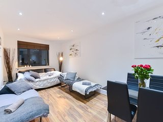 CambridgeHeathRd 204 . Delightful 1 Bedroom Apartment Near Shoreditch