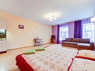Studio apartment overlooking the Nevsky Prospect