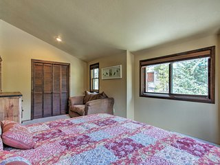 Cozy Winter Park Cabin - Walk to Main Street & DT!