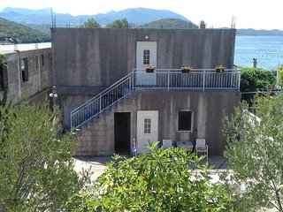 Two bedroom apartment Luka Dubrava, Peljesac (A-14040-b)