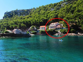 Two bedroom apartment Cove Vela Stiniva bay - Vela Stiniva (Hvar) (A-13935-a)