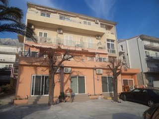 One bedroom apartment Makarska (A-13979-a)