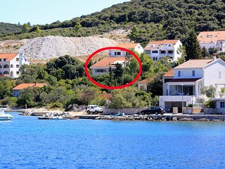 Three bedroom apartment Zrnovska Banja, Korcula (A-13636-a)