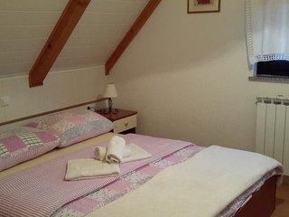 Room Jezerce, Plitvice (S-14711-b)