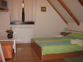 Room Jezerce, Plitvice (S-14711-c)