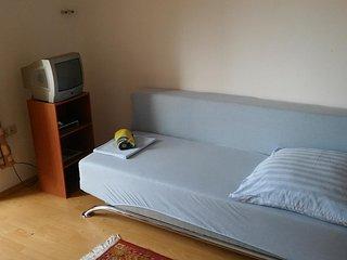 Room Stanići, Omiš (S-14782-e)