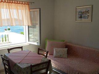 One bedroom apartment Sevid, Trogir (A-14790-b)