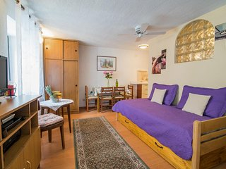 Studio flat Vrbnik, Krk (AS-14806-b)