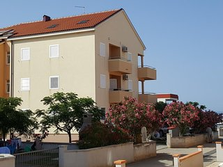 Two bedroom apartment Privlaka (Zadar) (A-13212-a)