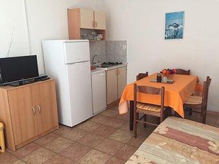 Room Pirovac, Šibenik (S-14820-a)