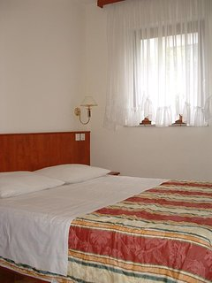 Bedroom 1, Surface: 9 m²
