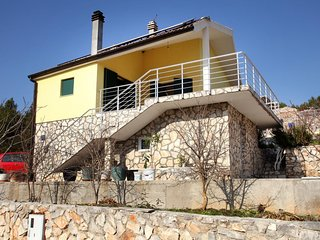 Three bedroom house Vinišće (Trogir) (K-14858)