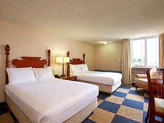 Ewa Hotel Waikiki - a LITE Hotel - Studio w/ Kitchenette
