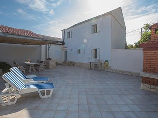 Three bedroom house Lopar, Rab (K-15022)