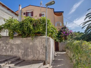 One bedroom apartment Mali Losinj (Losinj) (A-15050-a)