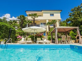 Two bedroom apartment Opatija - Volosko (Opatija) (A-15071-a)