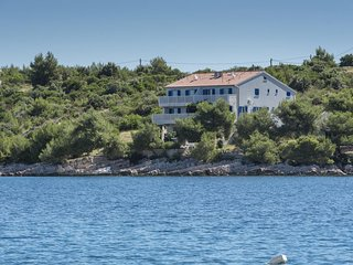 Two bedroom apartment Cove Pribinja (Hvar) (A-15083-b)