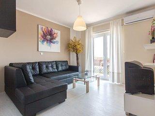Three bedroom apartment Liznjan, Medulin (A-15151-b)