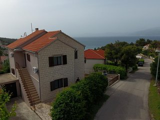 Two bedroom apartment Splitska, Brač (A-15197-c)