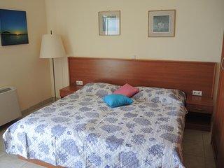 One bedroom apartment Brodarica, Šibenik (A-15270-b)