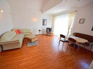 Two bedroom apartment Slatine, Čiovo (A-15311-c)