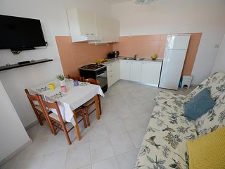 Two bedroom apartment Zadar - Diklo, Zadar (A-15338-c)