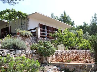 Two bedroom apartment Zavala (Hvar) (A-15357-a)