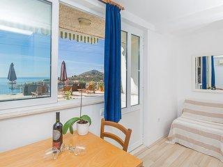 Mlini Apartment Sleeps 2 with Air Con - 5628618