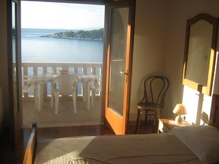 One bedroom apartment Zaklopatica, Lastovo (A-8346-e)