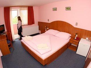 Room Oroslavje, Zagorje (S-15384-e)