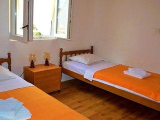 Two bedroom apartment Sevid, Trogir (A-15404-c)