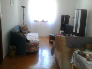Two bedroom apartment Cres (A-15426-a)
