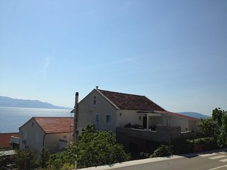 Two bedroom apartment Brist (Makarska) (A-15443-a)