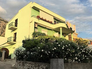 One bedroom apartment Makarska (A-15445-a)