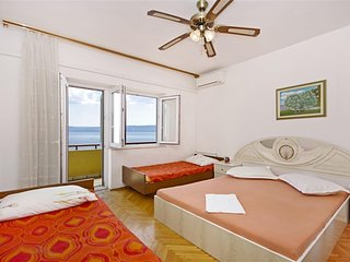 Two bedroom apartment Dugi Rat, Omiš (A-7575-c)