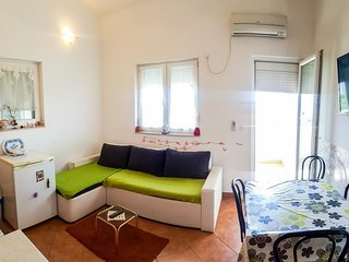 Two bedroom apartment Petrčane (Zadar) (A-15508-a)