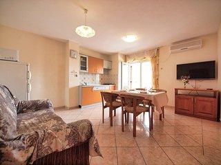 Two bedroom apartment Srima - Vodice, Vodice (A-15621-b)