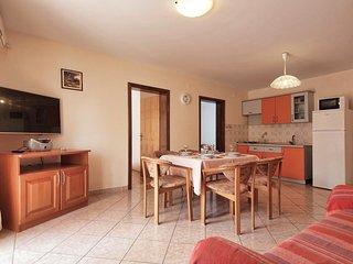 Two bedroom apartment Srima - Vodice, Vodice (A-15621-c)