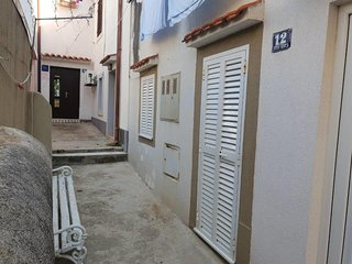 One bedroom apartment Baška, Krk (A-15639-a)