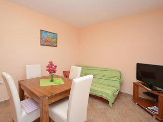 One bedroom apartment Karbuni, Korčula (A-15699-d)