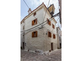 One bedroom apartment Vrbnik (Krk) (A-15721-a)